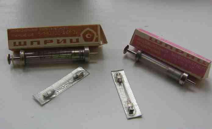 Reusable syringes
